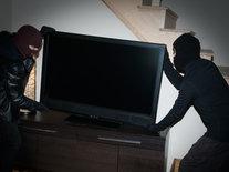 Трое подростков украли телевизор и сабвуфер из бильярдного клуба в Чите