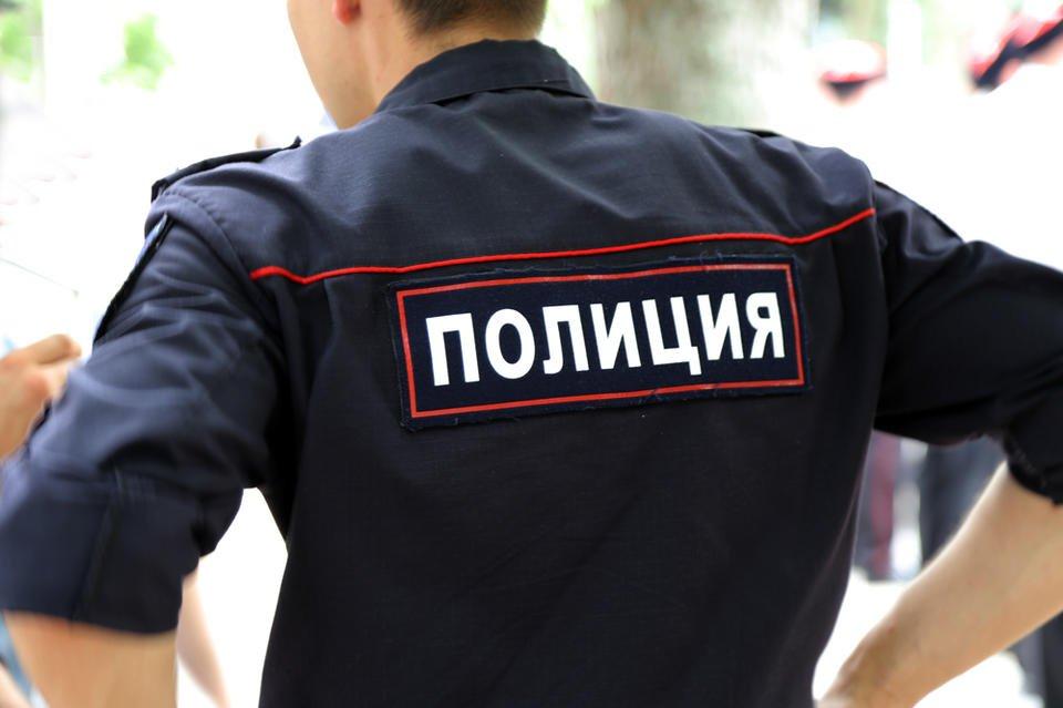 Из-за 20 рублей забайкалец воткнул нож своему приятелю в голову - «Life.ru»