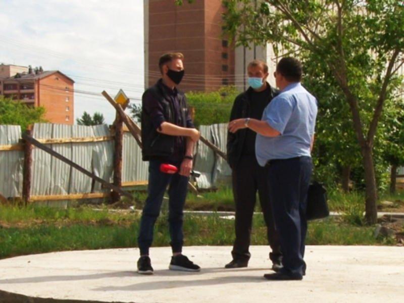 Поможет ли предупреждение губернатора завершить строительство площади Труда на КСК? — ZAB.TV