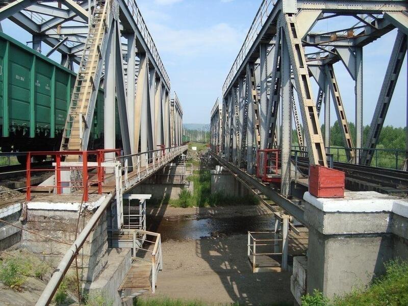Обрушился мост на транссибирской магистрали в Забайкальском крае