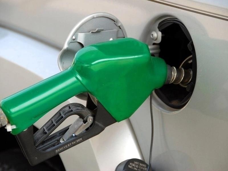 В мире снова упали цены на нефть