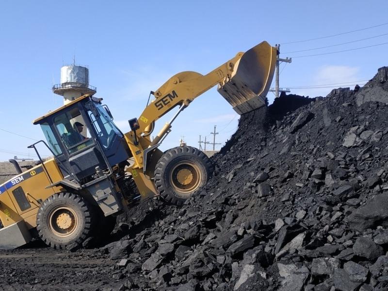 Новый гендиректор «ЗабТЭК» сам подписывает акты приёмки угля