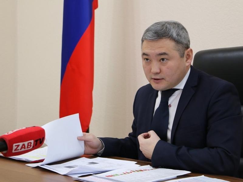Бардалеев заявил, что цены на подсолнечное масло и сахар снижаются
