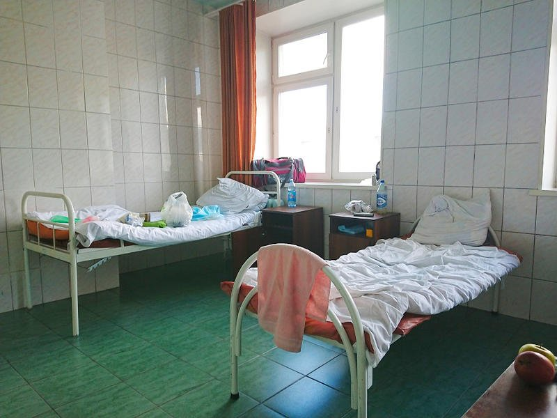 Следователи начали проверку по факту падения 6-летнего ребенка из окна больницы в Чите