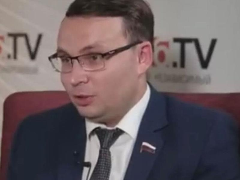 «Цена вопроса не коробка конфет, а чартерный самолёт», - Волков обратился в Генпрокуратуру РФ для проверки действий Осипова