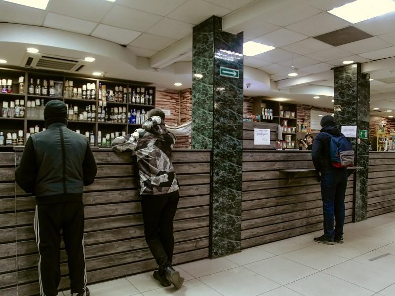Запрет на продажу алкоголя в праздники в Забайкалье может усугубить проблему