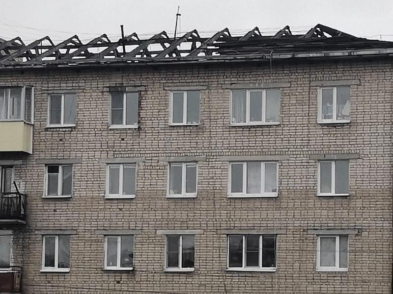 В Могоче пошла волна возмущений из-за не отремонтированной вовремя крыши дома