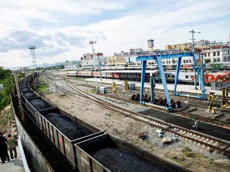 Из-за схода вагонов в Забайкалье железнодорожное  движение приостановлено