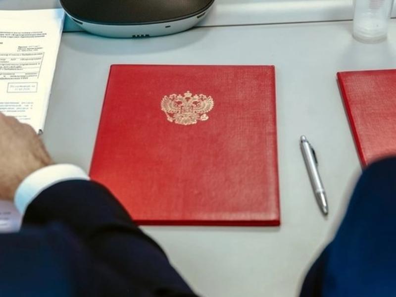 Президент подписал указ о продлении майских праздников