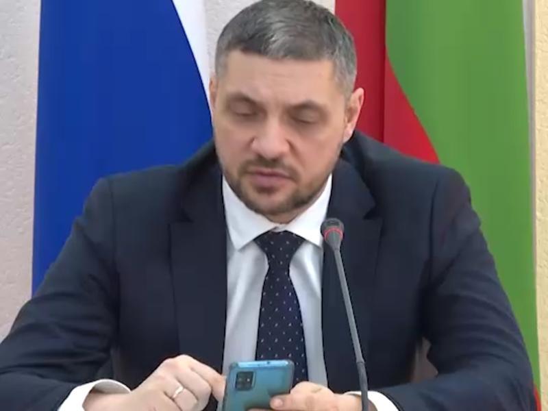 Губернатор Забайкалья безуспешно пытался записаться на вакцинацию от COVID-19