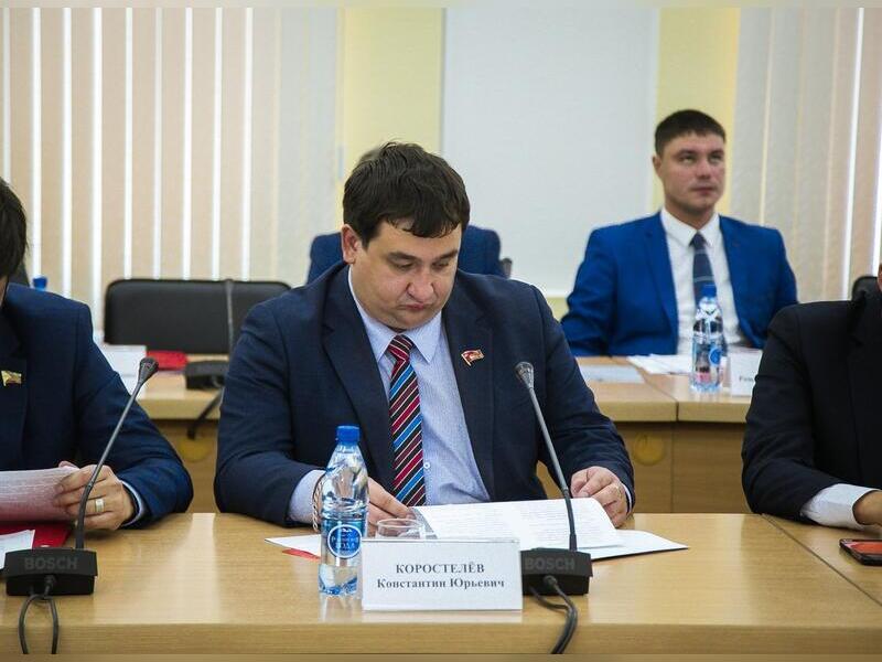 «Горожане не хотят тратить свои налоги на непонятно каких чиновников», - Коростелёв