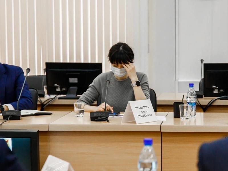 Шангина не взяла на себя ответственность за закрытие Харагунской больницы