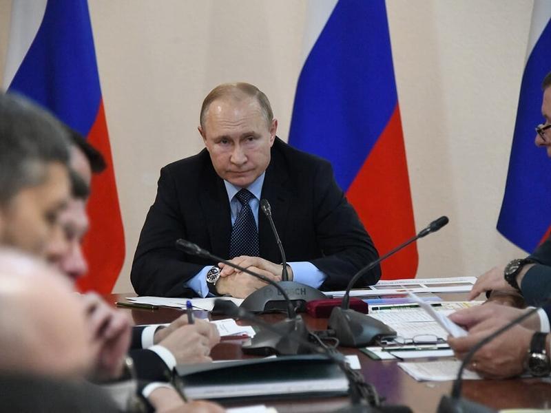 Путин поручил запретить проверки малого бизнеса до 2022 года