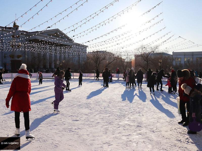 Каток появится вокруг фонтана на пл. Ленина в Чите зимой
