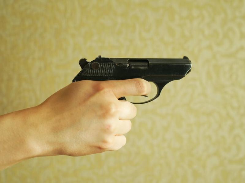 Четвероклассницу подстрелили по дороге со школы в Краснокаменске