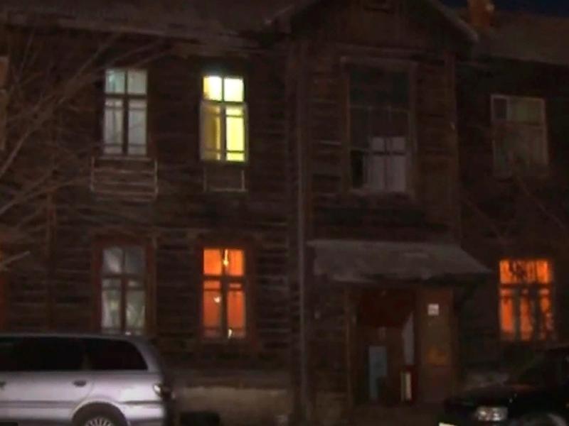 Жильцы столетнего дома в Чите не могут добиться расселения