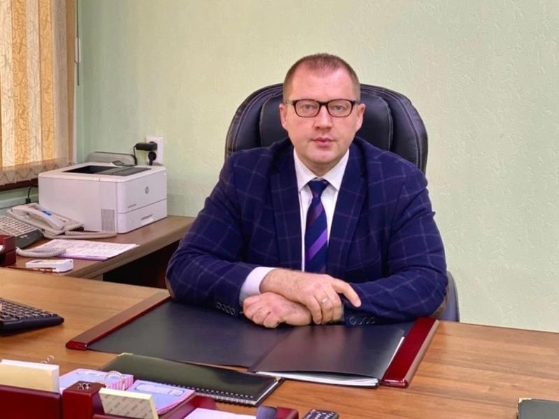 Осипов поручил главе Службы единого заказчика лучше бороться с недобросовестными негодяями