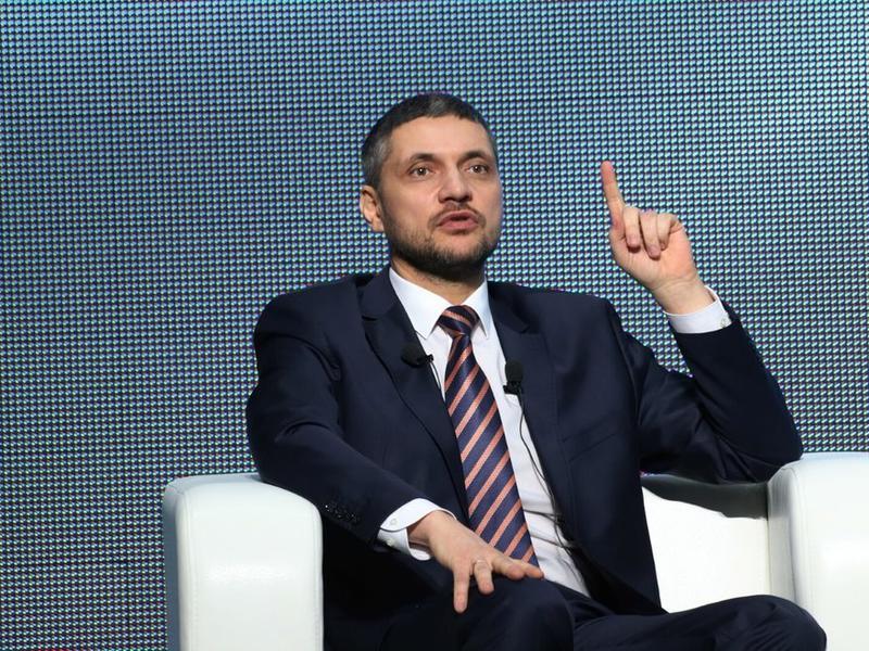 Осипов предложил продлить каникулы для школьников