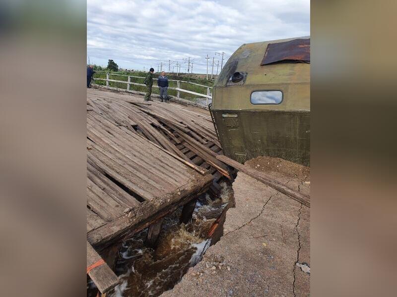 Населённый пункт в Забайкалье оказался отрезан из-за разрушения моста большегрузом