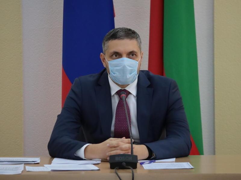 Александр Осипов поручил решить вопрос с вывозом снега в Чите
