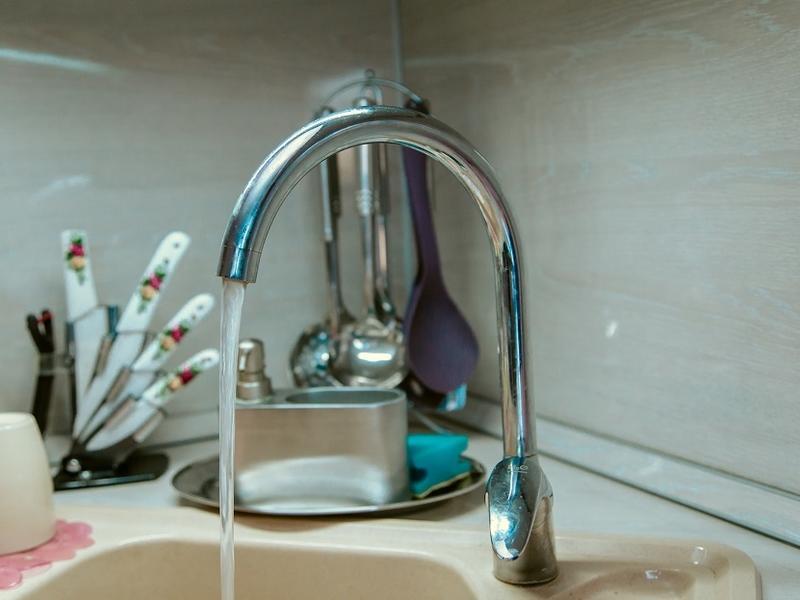 Жители дома в Чите 12 дней жили без горячей воды — не смогли дозвониться до УК