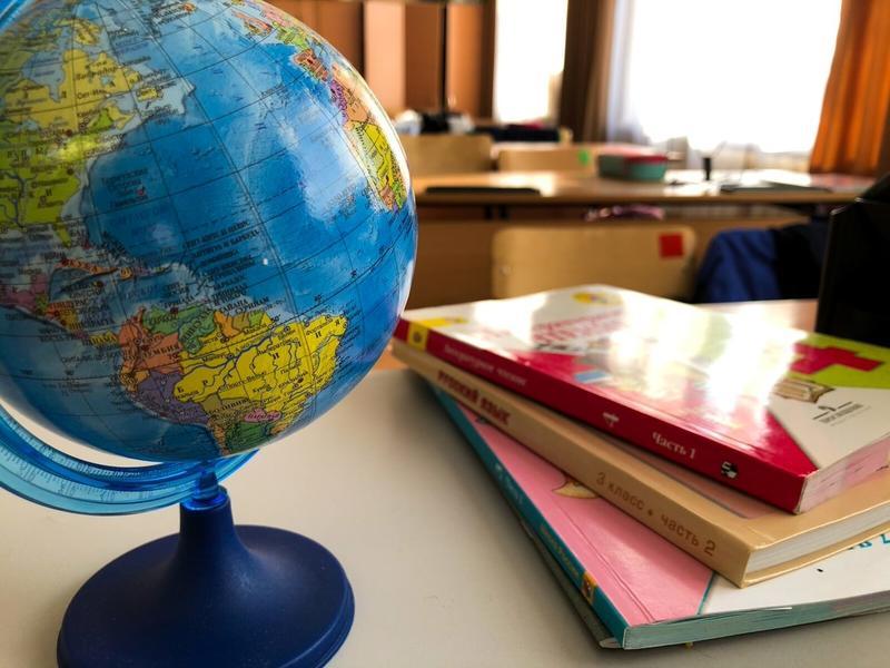 В России объявлены внеплановые каникулы в школах