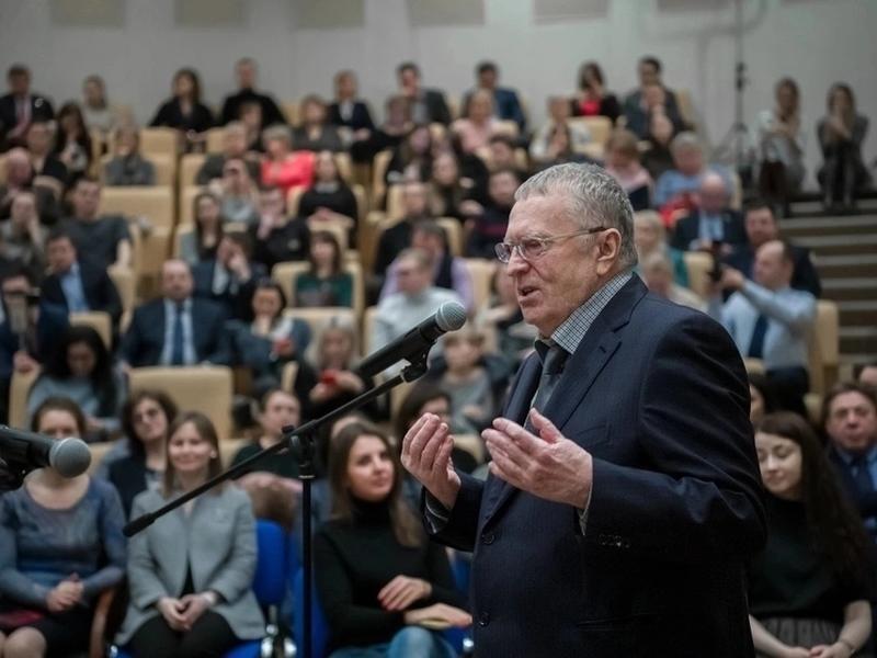Жириновский: «Без газа до сих пор 150 тысяч населённых пунктов России!»