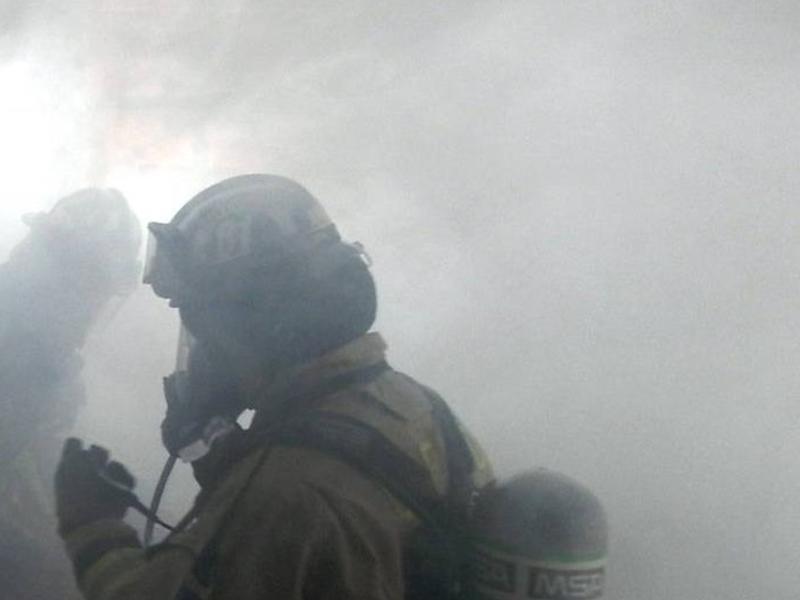 Пожар унес жизнь мужчины в жилом доме в Чите