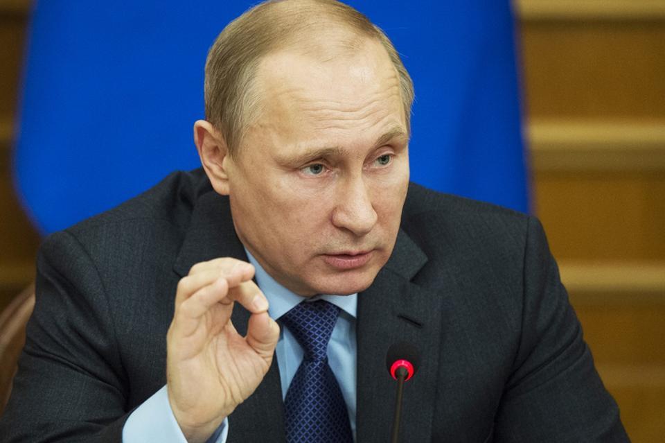 Путин увеличил заработной платы госслужащим на4%