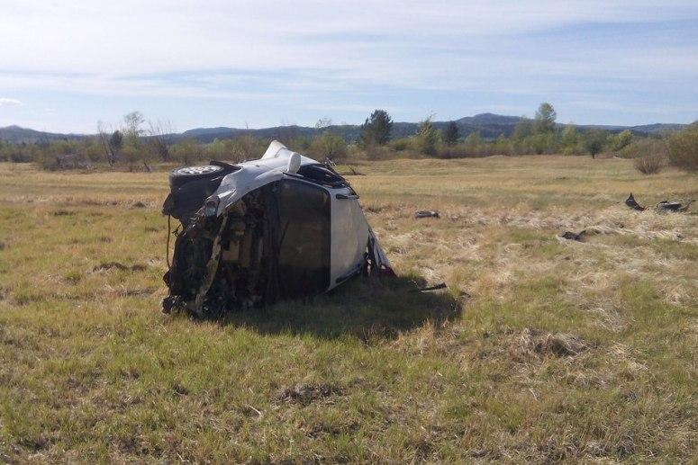 Появились фото сместа жуткого ДТП вЗабайкалье: погибли три человека