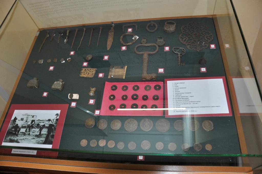 Читинские таможенники передали в музей изъятые у китайца монеты Российской Империи